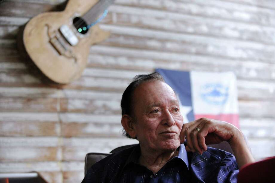 Legendary musician Flaco Jimenez relaxes outside of the Blue Cat Recording Studio on June 7, 2012. Photo: Billy Calzada, San Antonio Express-News / © 2012 San Antonio Express-News