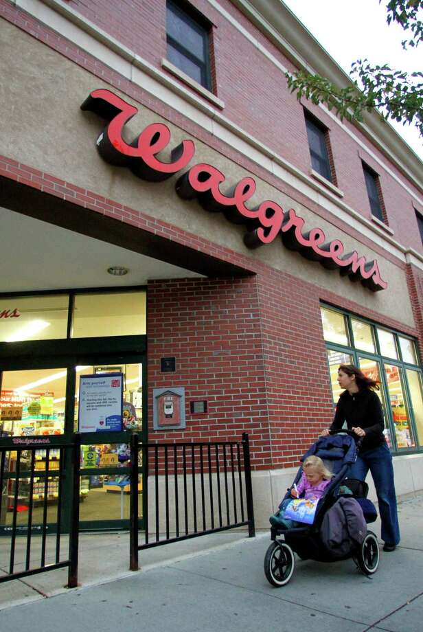 WalgreensDid Santa forget the batteries? Walgreens is open 24/7. Photo: Steven Senne / AP2010