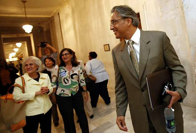 Suspended Sheriff Ross Mirkarimi arrives at the Ethics Commission hearing on official misconduct charges against him in San Francisco, Calif., Tuesday, June 19, 2012. Photo: Sarah Rice, Special To The Chronicle