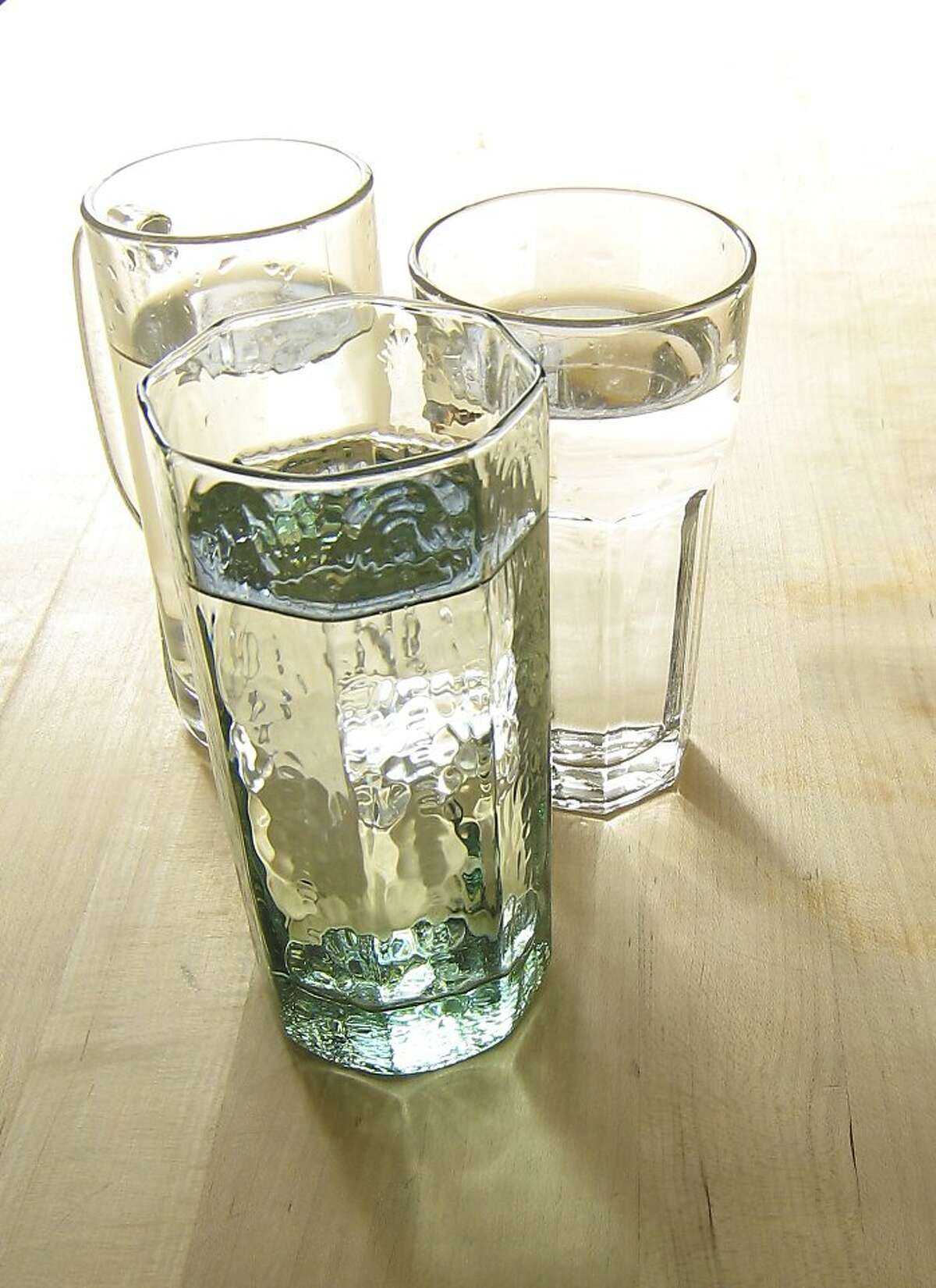 Drinking when thirsty is a good way to ensure the proper amount water consumption.
