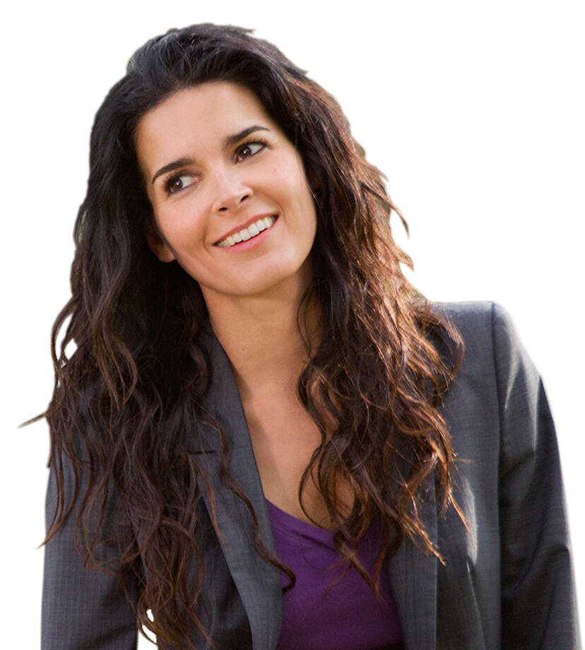 "Angie Harmon stars in ""Rizzoli & Isles."" Photo: TNT"