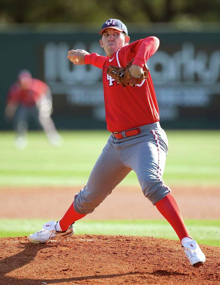 Houston pitcher Mo Wiley throws in the first inning during a NCAA men's baseball game between the Houston Cougars and the Rice Owls at Reckling Park. Photo: Bob Levey / Freelance