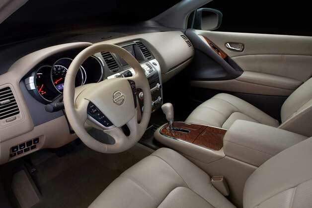 Among last yearÕs interior changes for the 2012 Nissan Murano were a new white appearance for the gauges, new center-stack colors and more standard amenities for the various trim levels. Photo: Mike Ditz, Courtesy Of Nissan North America Inc. / ©2010MikeDitz 310-994-0307