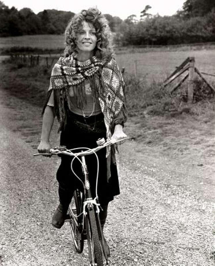 "Julie Christie (depicted here in Steven Rea's ""Hollywood Rides a Bike"") in DON'T LOOK NOW. (Columbia Pictures/Photofest / © Columbia Pictures)"