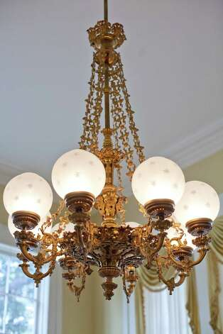 A chandelier in the Governor's Mansion on Wednesday, June 20, 2012. Photo: Julia Robinson / Julia Robinson © 2012