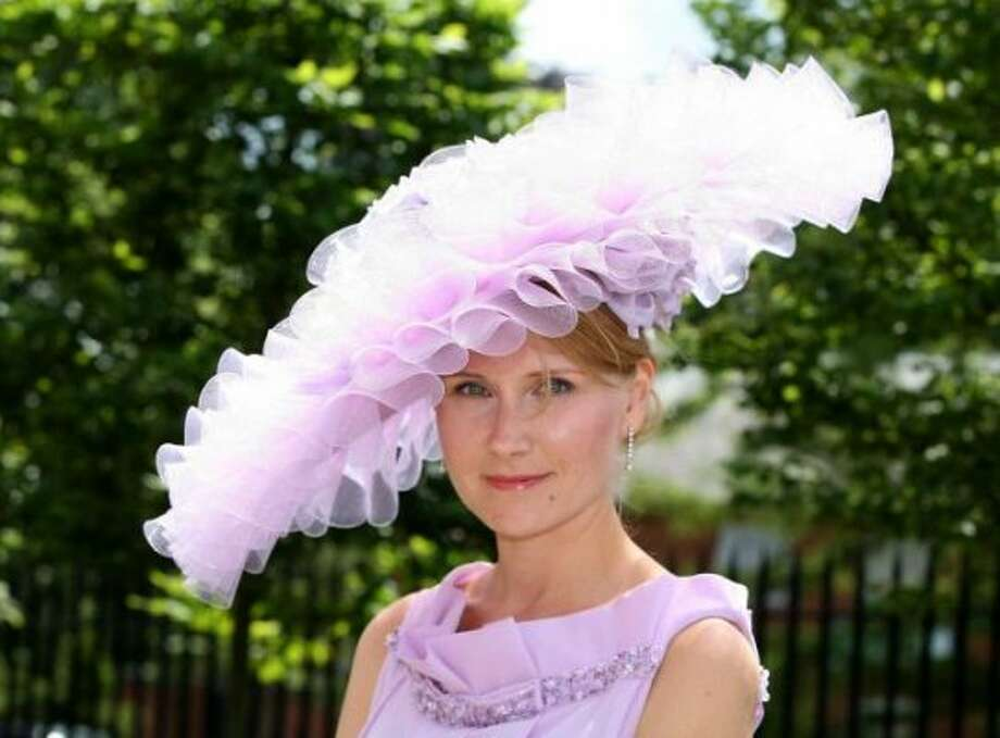 ASCOT, ENGLAND - JUNE 19: A racegoer attends day 1 of Royal Ascot at Ascot Racecourse on June 19, 2012 in Ascot, England. (Danny Martindale / Getty)