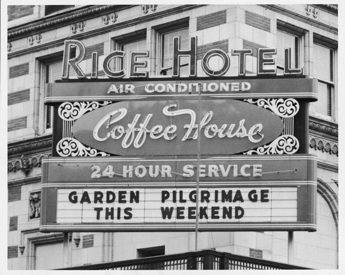 The Rice Hotel marquee advertised its air-conditioned coffeehouse in 1962.