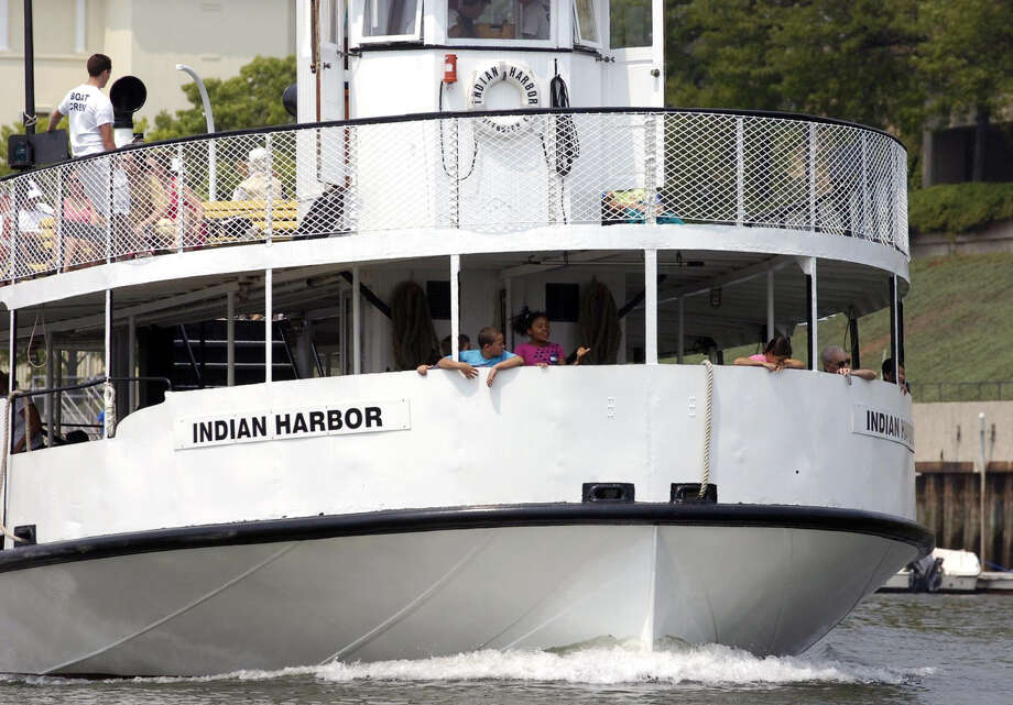 The ferry to Island Beach, Indian Harbor, heads out our Greenwich Harbor in this June 2008 file photo. Photo: File Photo, ST / Greenwich Time File Photo