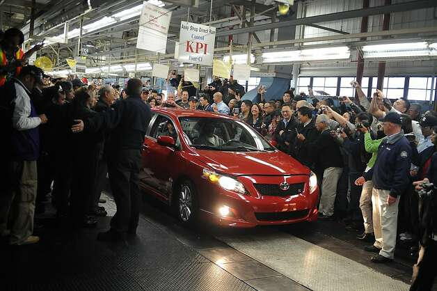 The last Toyota Corolla rolls off the assembly line at the Nummi plant in Fremont in April 2010. Photo: Courtesy NUMMI