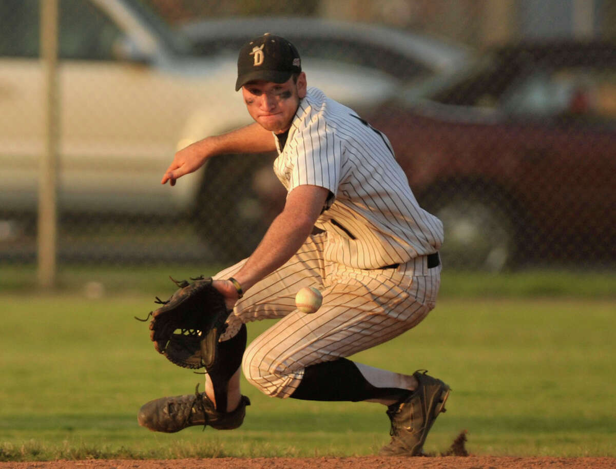 Danbury second baseman Jake Gronsky fields a ball during the Westerners' game against the North Adams SteepleCats at Rogers Park in Danbury on Thursday, June 21, 2012. The Westerners won, 11-3.