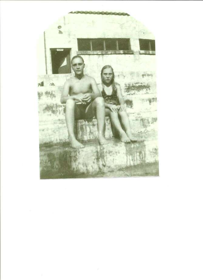 Jerry and Helen Joyce Wilmoth, brother and sister cooling off at Roosevelt Park 
