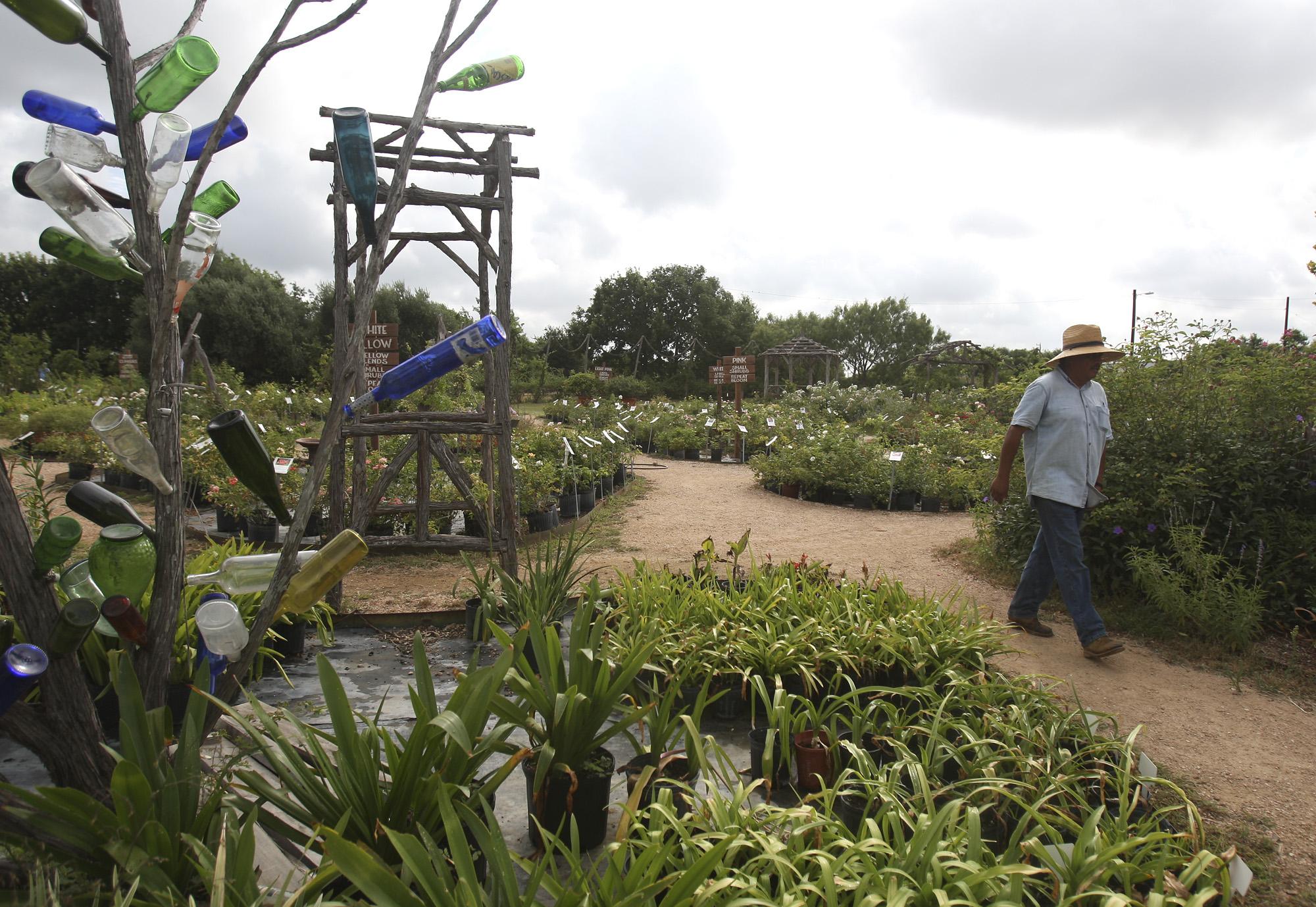 Rose Emporium to close its S.A. store - San Antonio Express-News