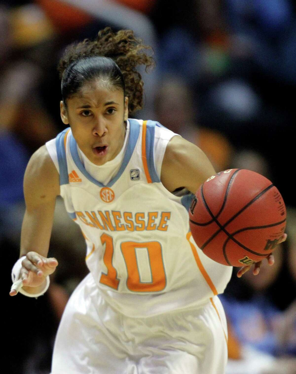 Tennessee's Meighan Simmons (10) brings the ball up court in the first half of an NCAA women's college basketball game against Georgia on Thursday, Jan. 5, 2012, in Knoxville, Tenn. Tennessee won 80-51.