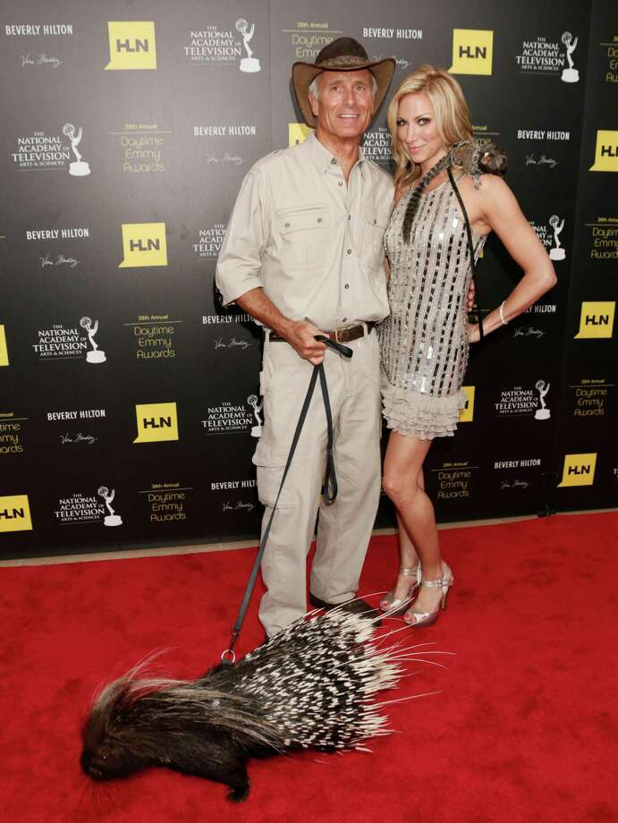 Jack Hanna, left, and Deborah Gibson pose backstage. Photo: TODD WILLIAMSON/INVISION/AP
