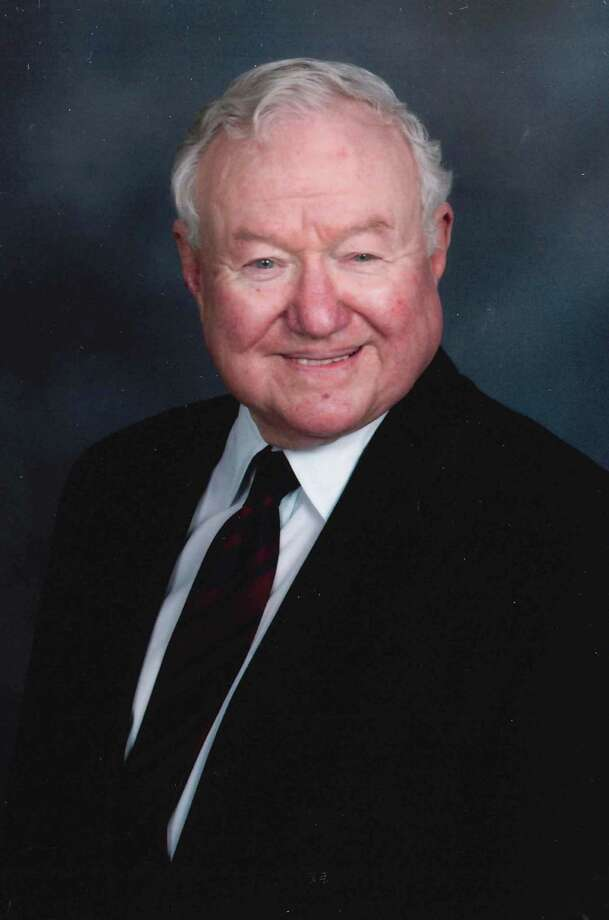 Col. Harold F. McDonald, U.S. Army (Ret) died on Thursday, June 14, 2012 in San Antonio, TX.  He retired as President and CEO of Barrett Industries; was the former Chairman of Stone Oak National Bank; and was a Colonel in the U.S. Army Corp of Engineers. Photo: Courtesy / COURTESY OF THE FUNERAL HOME