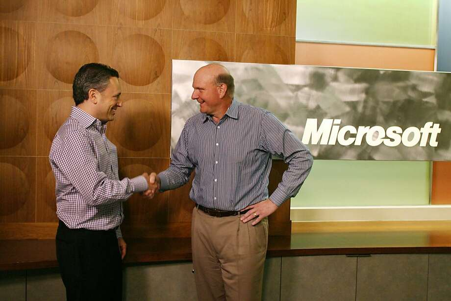 Yammer CEO David Sacks (left) and Microsoft CEO Steve Ballmer announce their $1.2 billion deal. Photo: Lou Dematteis, Associated Press