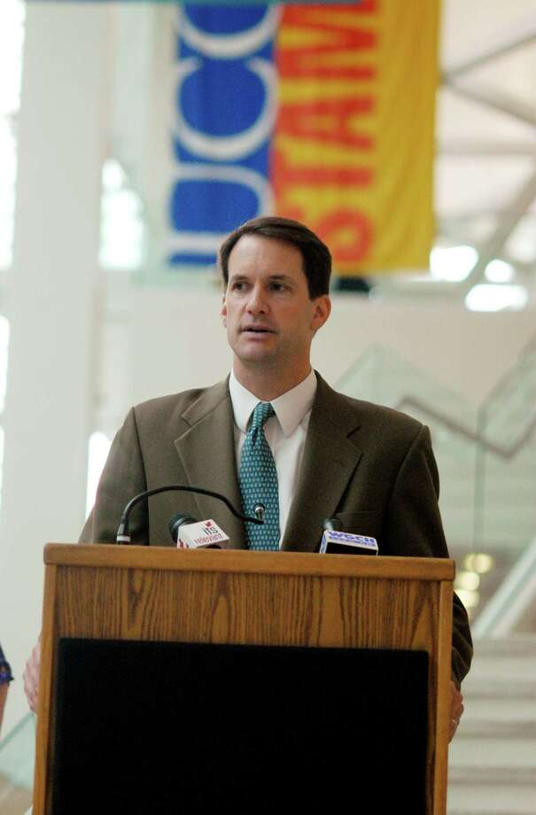 Congressman Jim Himes (CT-4) holds a press conference with students at Stamford, Conn. UConn branch on Monday June 25, 2012 urging Congress to take action before student loan rates automatically double from 3.4% to 6.8% on July 1. Photo: Dru Nadler / Stamford Advocate Freelance