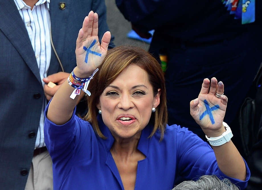 Josefina Vazquez Mota, the presidential candidate for the National Action Party, continues to lose support in the polls  as the Sunday election nears. Photo: ALFREDO ESTRELLA / AFP