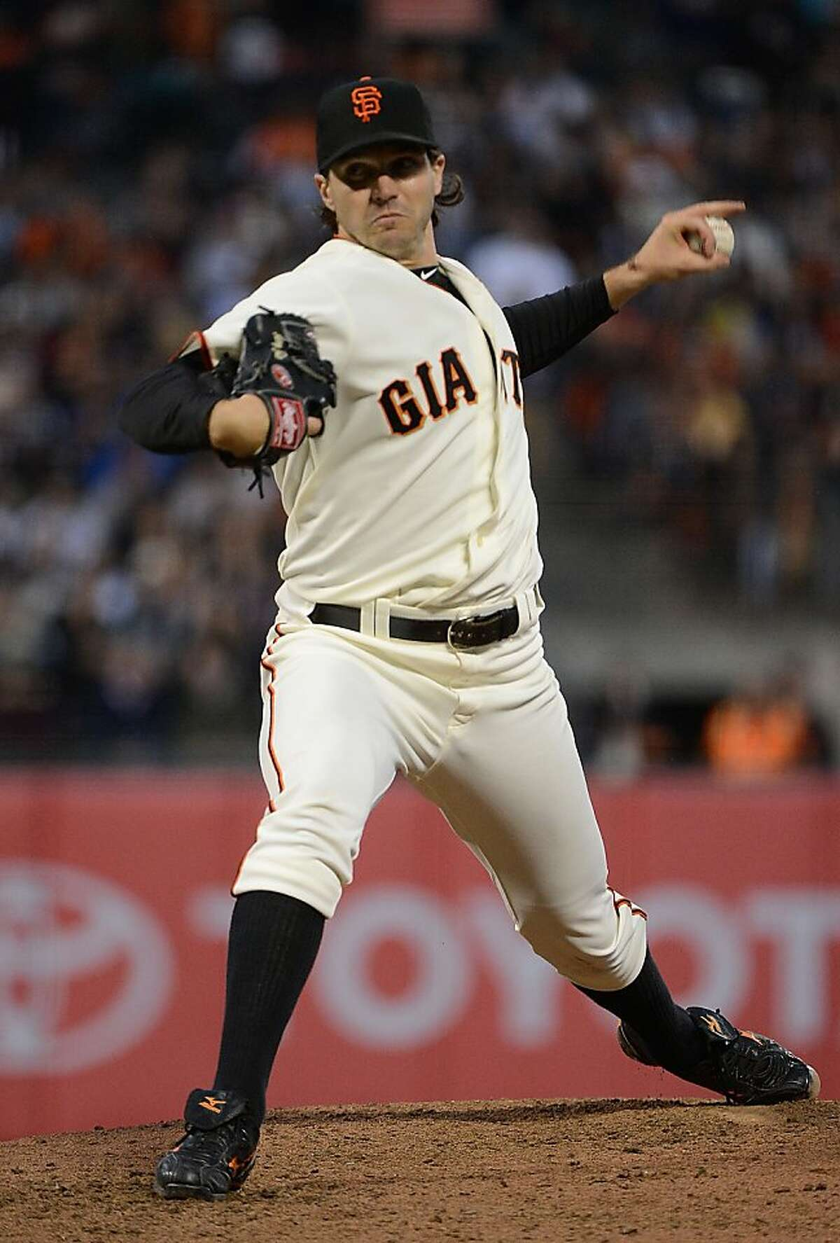 SAN FRANCISCO, CA - JUNE 25: Barry Zito #75 of the San Francisco Giants pitches against the Los Angeles Dodgers at AT&T Park on June 25, 2012 in San Francisco, California. (Photo by Thearon W. Henderson/Getty Images)