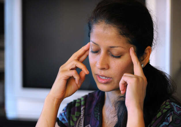 Muneeza Ahmed teaches HypnoBirthing at her Stamford home, Tuesday night, June 19, 2012. Photo: Bob Luckey / Greenwich Time