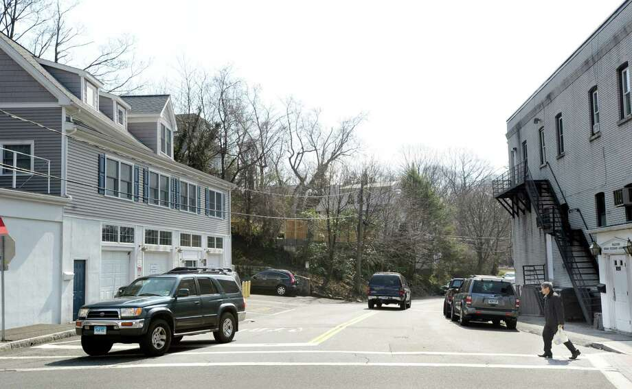A man uses the New Lebanon Avenue crosswalk at Delavan Avenue in Byram March 13, 2012. Photo: Bob Luckey / Greenwich Time