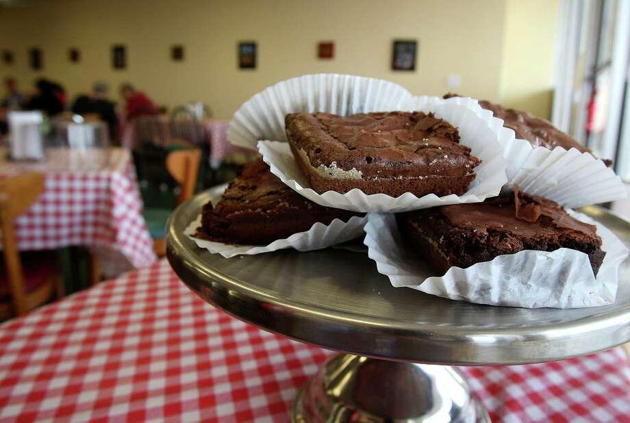 Chocolate brownie at Four Kings in Universal City Photo: Julysa Sosa, San Antonio Express-News / ¨ 2012 San Antonio Express-News