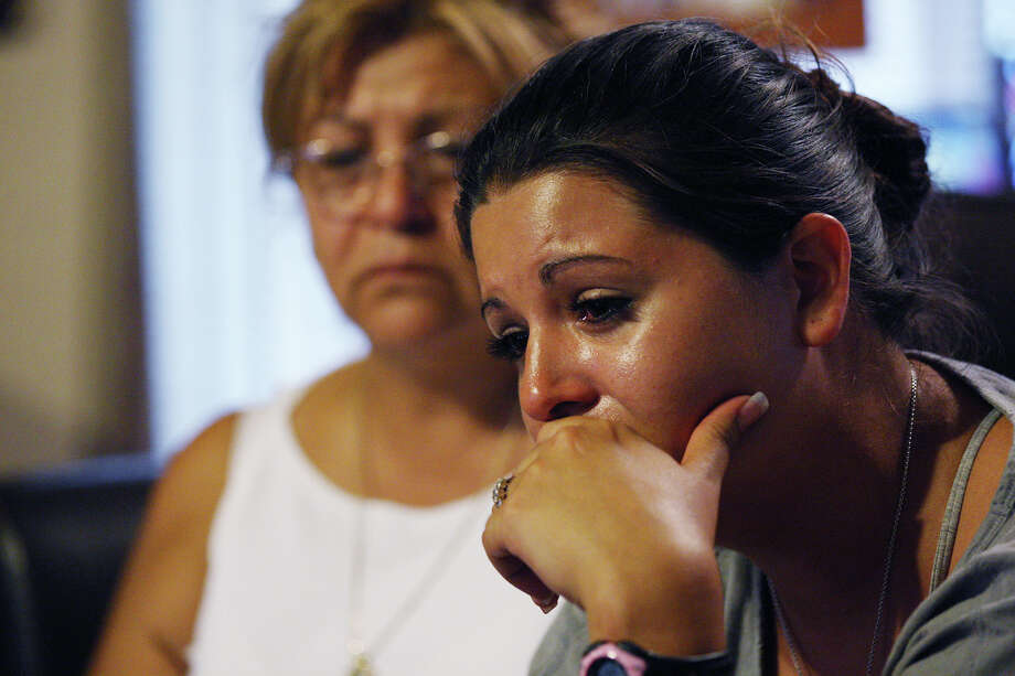 Lizanne Sanchez, sister of missing journalist and San Antonio resident Zane Alejandro Plemmons, talks about her brother alongside her mother, Maria Plemmons. Photo: Jerry Lara, San Antonio Express-News / © 2012 San Antonio Express-News