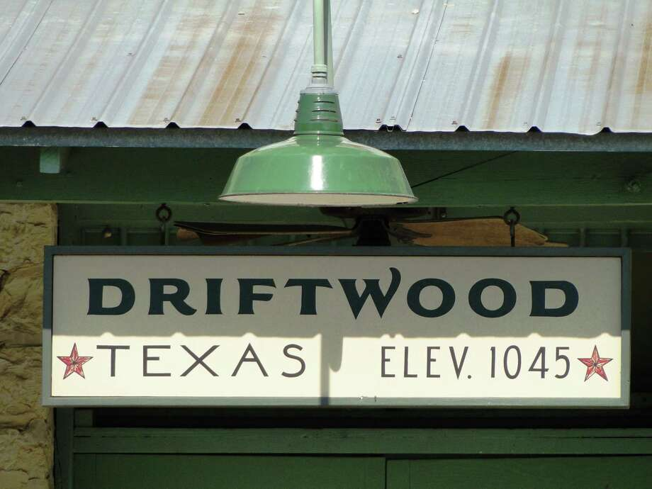 Sign on an old gas station in Driftwood, Texas. Photo: Tracy Hobson Lehmann, San Antonio Express-News