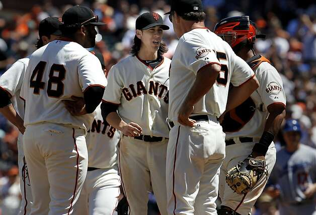 Giants manager Bruce Bochy visited the mound in the 7th inning but kept Tim Lincecum in the game. The San Francisco Giants vs. the Los Angeles Dodgers in the last of a three game series Wednesday June 27, 2012 at AT&T park. Photo: Brant Ward, The Chronicle
