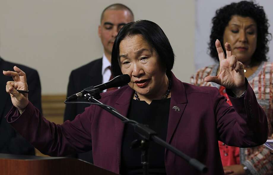 Oakland Mayor Jean Quan admits erroneous statistical data was used to implement her controversial 100 Blocks anti-crime plan but defended the program at a City Hall news conference in Oakland, Calif. on Wednesday, June 27, 2012. Photo: Paul Chinn, The Chronicle