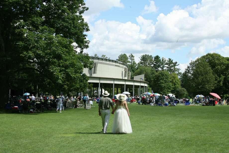 The lawn at Tanglewood (Hilary Scott)