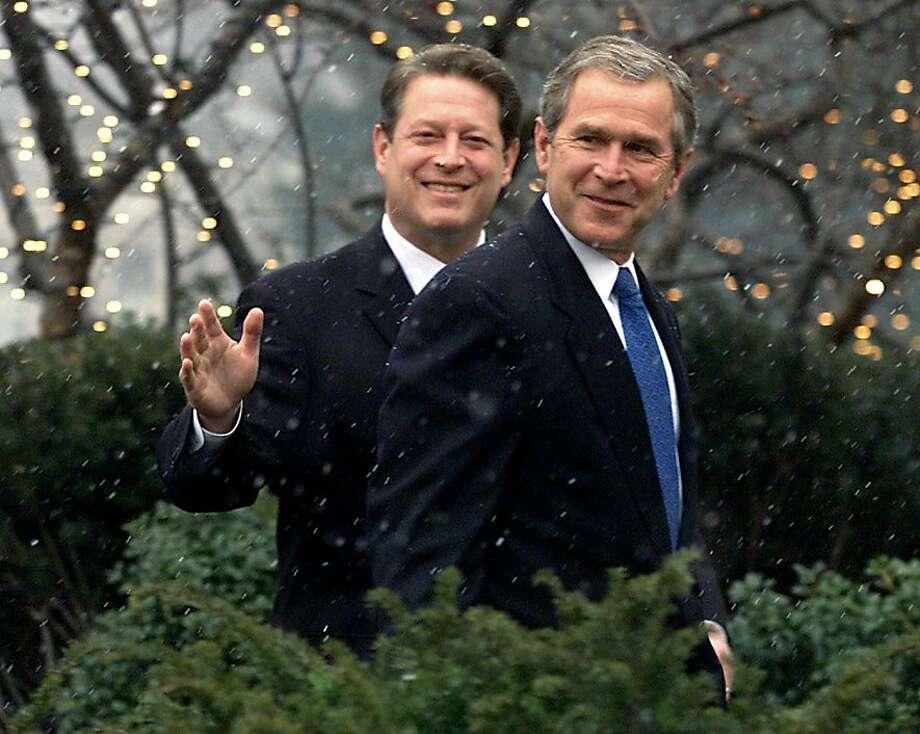 Photo: Gary Hershorn, REUTERS