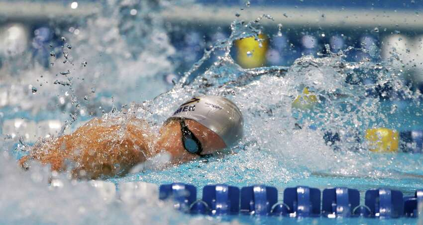 Shannon Vreeland swims in the women's 200-meter freestyle final at the U.S. Olympic swimming trials on Thursday, June 28, 2012, in Omaha, Neb. (AP Photo/Mark Humphrey)
