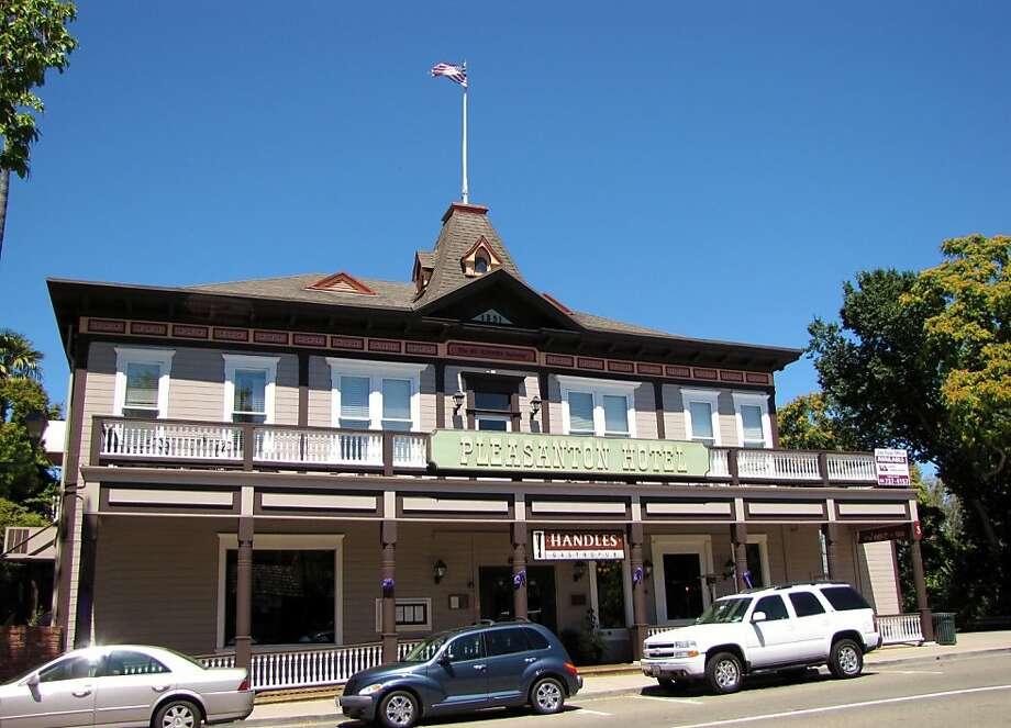 Pleasanton Hotel, Main Street, Pleasanton Photo: Stephanie Wright Hession