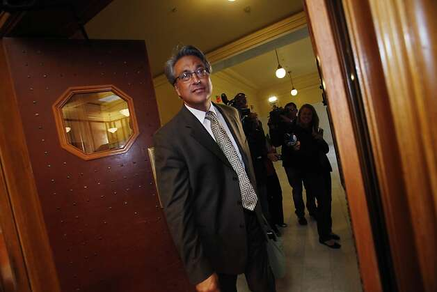 Suspended Sheriff Ross Mirkarimi (right) arrives at Room 400 for his official misconduct hearing at City Hall on Friday, June 29, 2012 in San Francisco, Calif. Photo: Lea Suzuki, The Chronicle