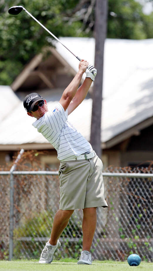 Alamo Heights freshman Levi Valadez tees off on No. 16 during the Greater San Antonio Junior Match Play Championship on Friday, June 29, 2012, at Riverside Golf Course. Valadez defeated O'Connor senior J.C. Stoddard 4 and 2 to win the event. Photo: Edward A. Ornelas, San Antonio Express-News / © 2012 San Antonio Express-News