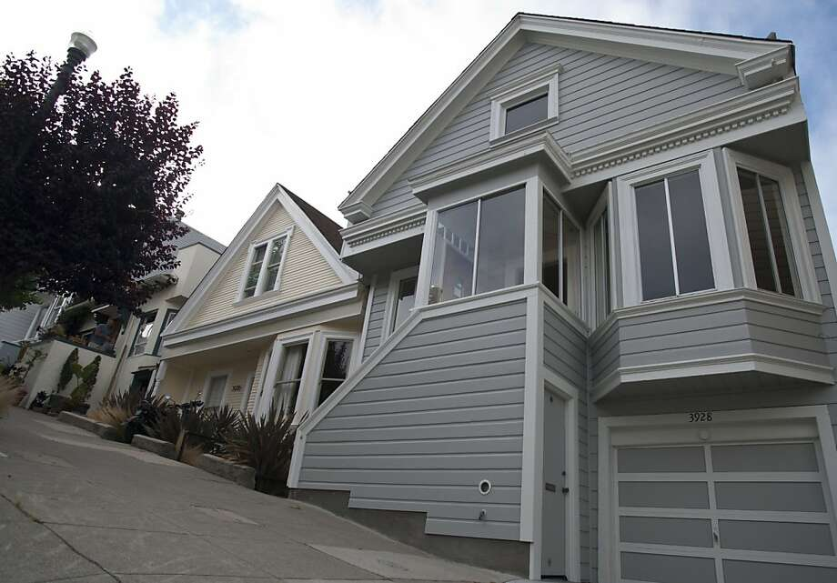 A house locates at 3928 20th, San Francisco, Calif recent sold $1.4 million. Photo: Yue Wu, The Chronicle