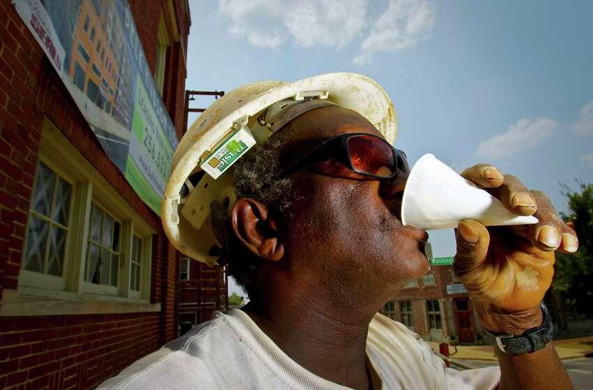 MOST MISERABLE4. Alabama Humidity. Mosquitos. - Thrillist