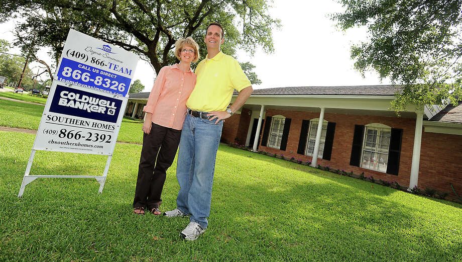Heidi Banning and David Banning are trying to sell their home on Howell Street in Beaumont, Friday, June 29, 2012. The Bannings reduced the cost of their home by $20,000.00 in hopes of selling it faster. Tammy McKinley/The Enterprise Photo: TAMMY MCKINLEY