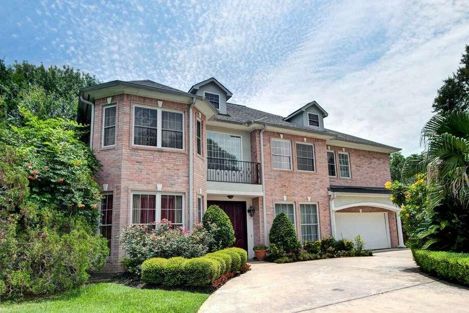 8615 Timberside | Greenwood King Properties | Agent: Michele Scheffer | 281-808-8139 | Photo: GWK