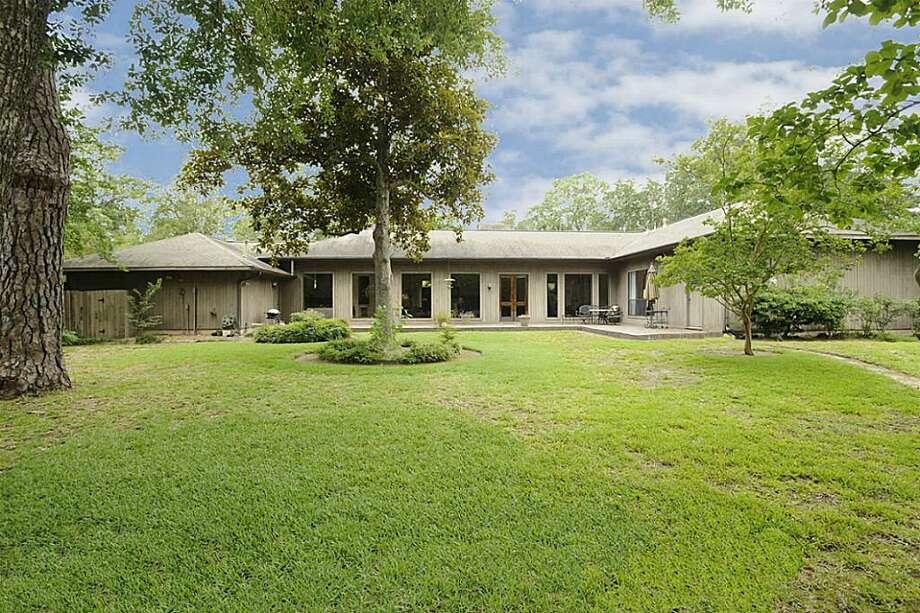 726 Frandora Lane | Greenwood King Properties | Agent: Sharon Ballas | 713-784-0888 | Photo: GWK