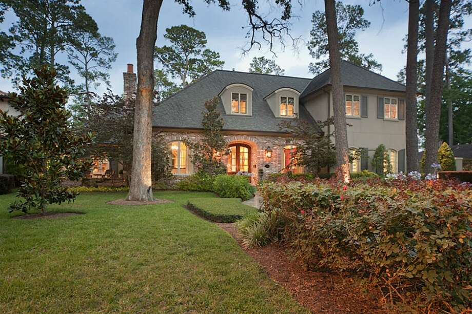 702 Pinehaven | Greenwood King Properties | Agent: Melinda Noel | 713-201-7400 | Photo: GWK
