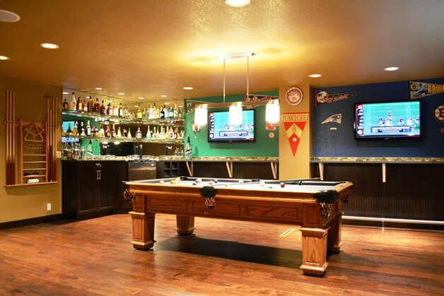 Boston Bar Man Cave : Renovation winners from powder room to speakeasy