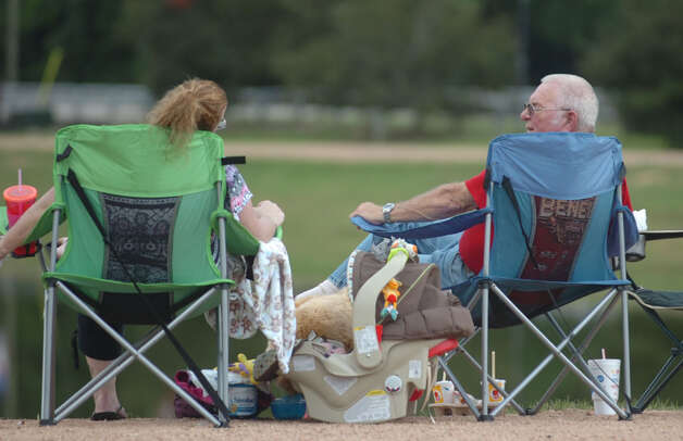 Getting an early seat for the fireworks show at Sandy Creek Park. Photo: Jimmy Galvan
