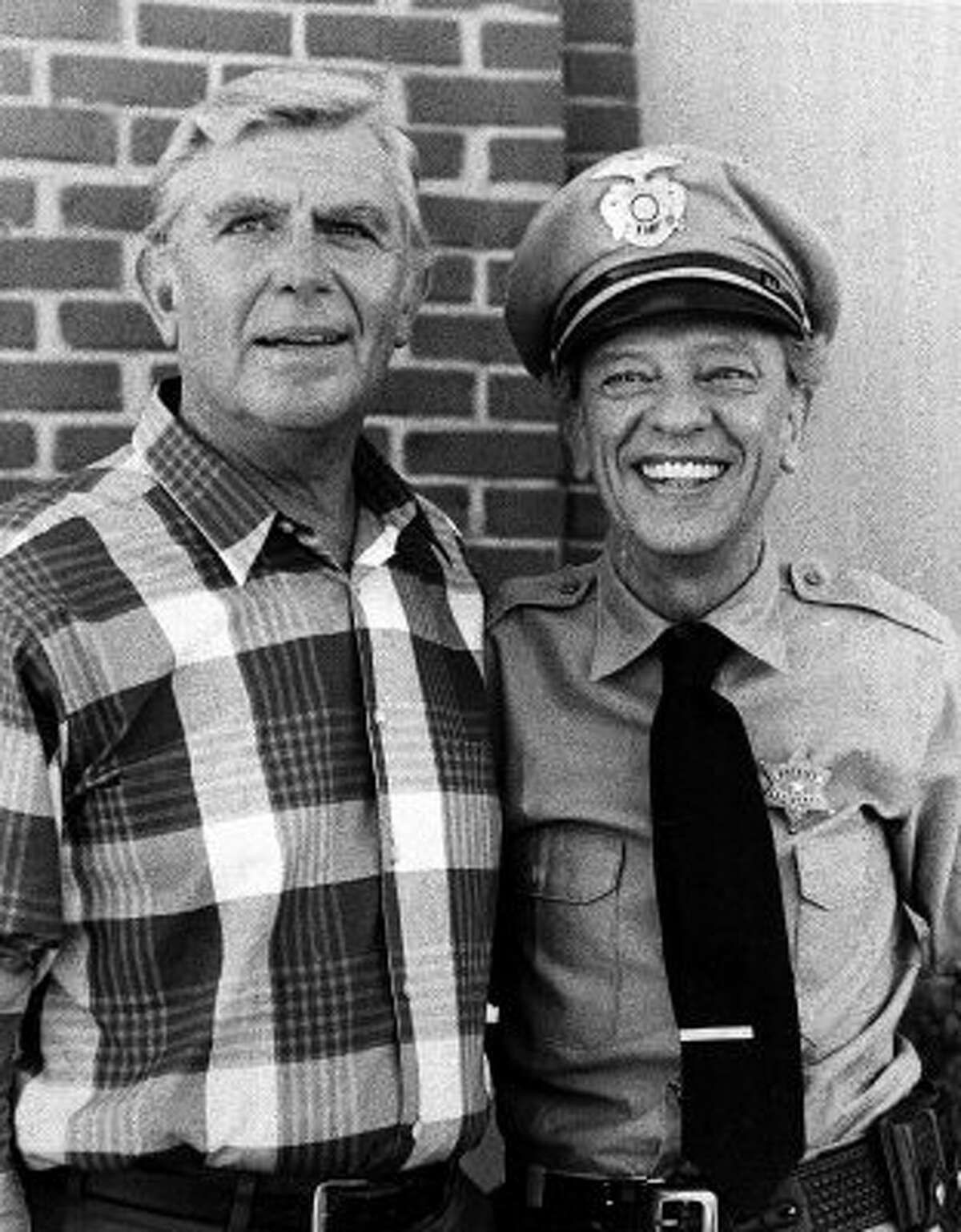 **ADVANCE FOR THURSDAY, NOV. 24 -- FILE** Andy Griffith and Don Knotts posing in a 1986 photo. Both actors starred in