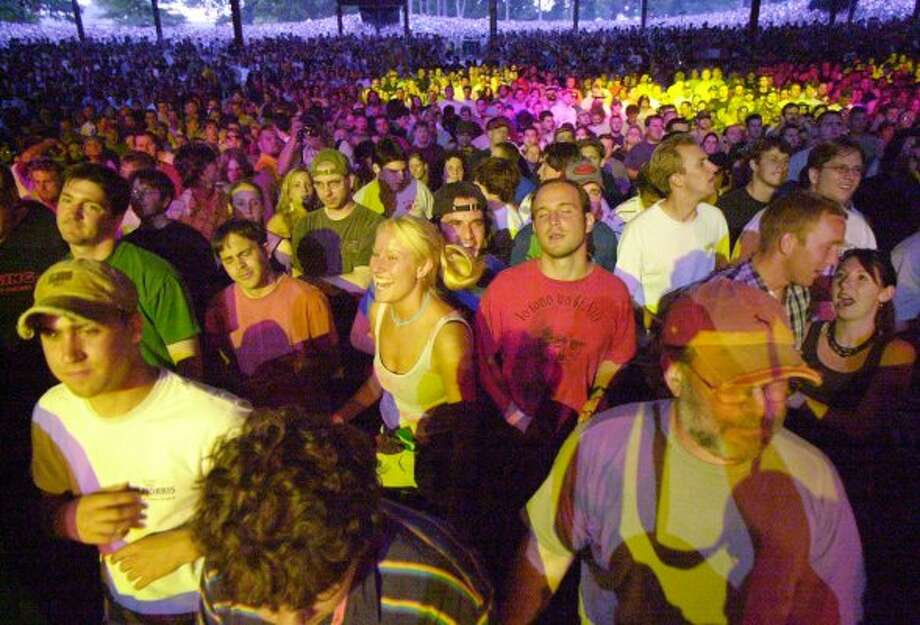 Phish fans at a SPAC show on June 19, 2004. (Times Union Archive)