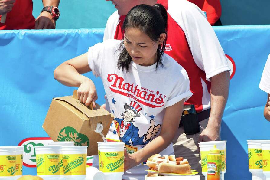 NEW YORK, NY - JULY 04:  Competitive eater Sonya Thomas prepares to compete in the Nathan's Famous I
