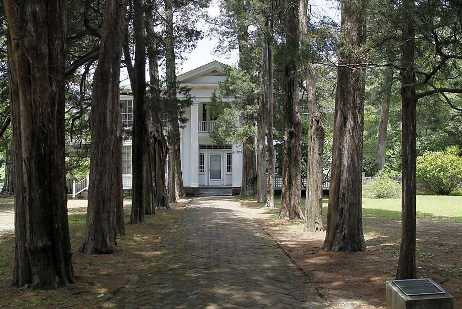 June is the top home-search month only in Mississippi. Photo: Rogelio V. Solis, Associated Press