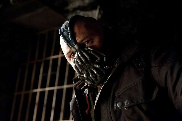 """The Dark Knight Rises"": Tom Hardy as Bane TOM HARDY as Bane in Warner Bros. PicturesÕ and Legendary PicturesÕ action thriller ÒTHE DARK KNIGHT RISES,Ó a Warner Bros. Pictures release. TM and © DC Comics Photo: Ron Phillips"