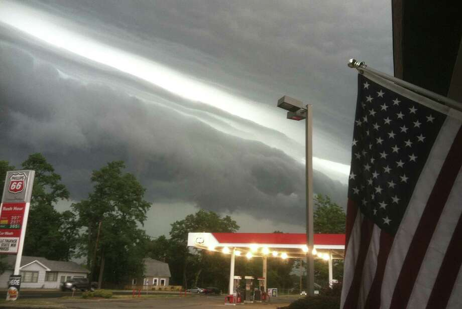 This NOAA photo taken in LaPorte, Indiana, on the afternoon of June 29, 2012 shows a shelf cloud on the leading edge of the derecho. Photo: HO, AFP/Getty Images / AFP